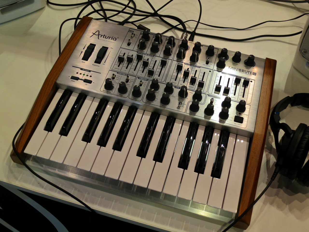 how to use arturia minibrute